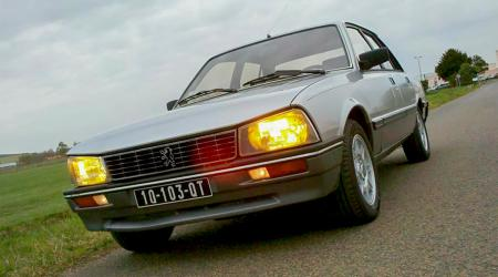 Voiture de collection « Peugeot 505 Turbo Injection »
