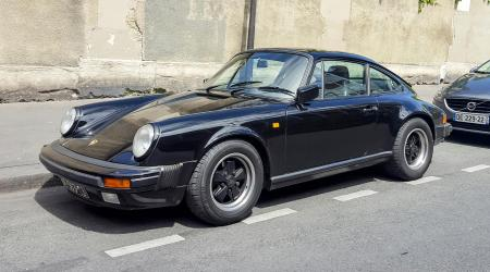 Voiture de collection « Porsche 911 Carrera »