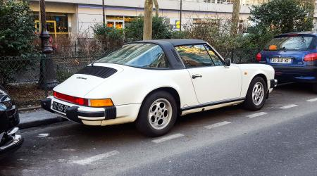Voiture de collection « Porsche 911 Carrera Targa »
