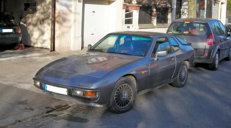 Voiture de collection « Porsche 924 »