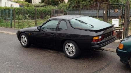 Voiture de collection « Porsche 924S »