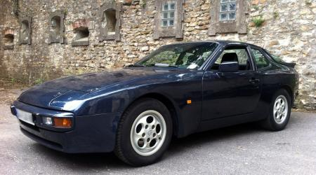 Voiture de collection « Porsche 944 »