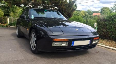 Voiture de collection « Porsche 944 Turbo S Targa »