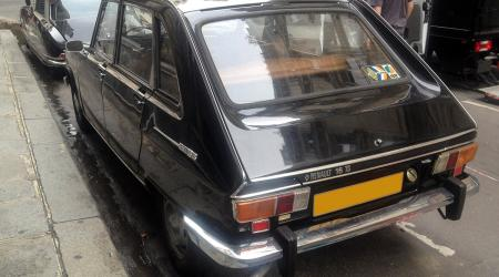 Voiture de collection « Renault 16 TS »