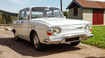 Voiture de collection « Renault 10 »