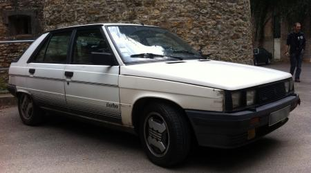 Voiture de collection « Renault 11 Turbo »
