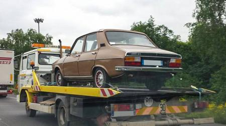 Voiture de collection « Renault 12 »