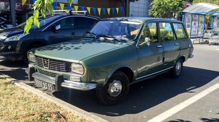 Voiture de collection « Renault 12 break »