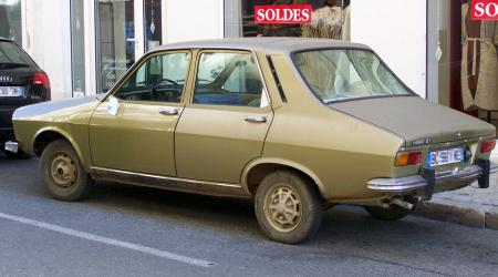 Voiture de collection « Renault 12 TL marron »