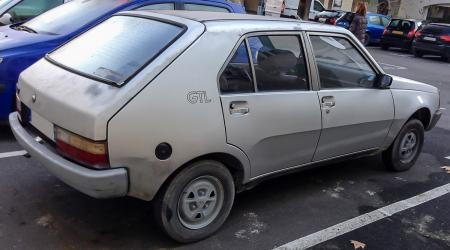 Voiture de collection « Renault 14 GTL »