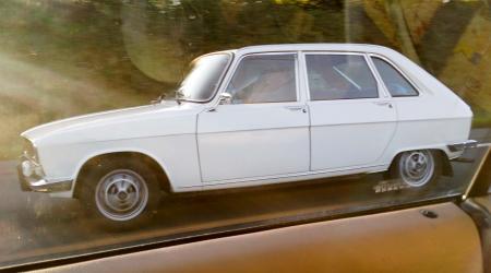 Renault 16