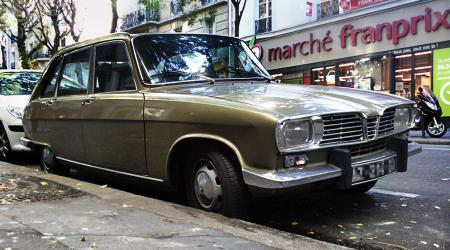 Renault 16 à Paris