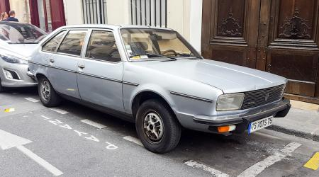 Voiture de collection « Renault 20 TS »