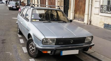 Voiture de collection « Renault 20 TX Automatic »