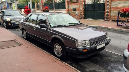 Voiture de collection « Renault 25 Turbo DX »