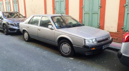 Voiture de collection « Renault 25 V6 Turbo »