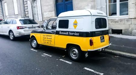 Voiture de collection « Renault 4 F4 « Renault Service » »