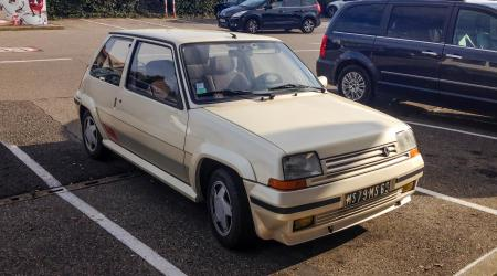Voiture de collection « Renault 5 GT Turbo »