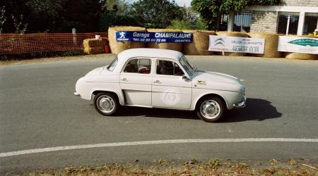 Voiture de collection « Renault Dauphine Gordini »