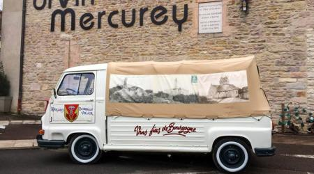 Voiture de collection « Renault Estafette Pick-up Mercurey »