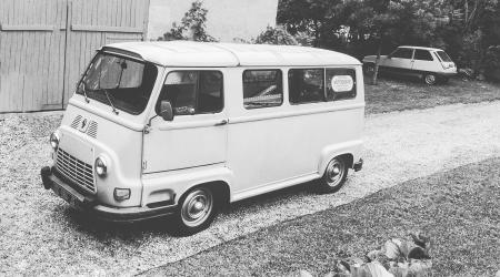 Voiture de collection « Renault Estafette Alouette »