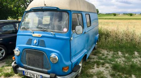 Voiture de collection « Renault Estafette 1000 »