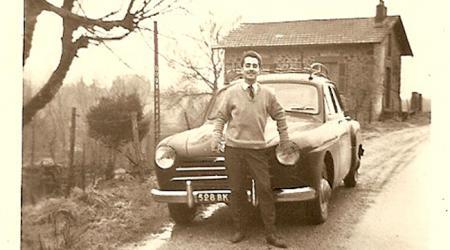 Voiture de collection « Renault Frégate »