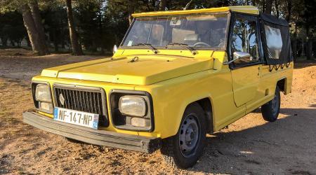 Voiture de collection « Renault Rodéo 6 1977 »