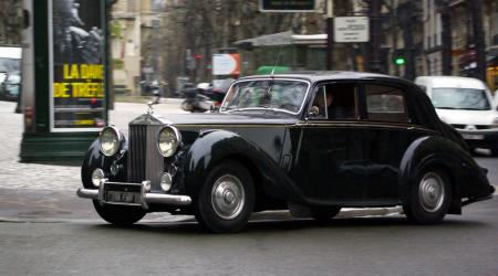 Voiture de collection « Rolls Royce Silver dawn »