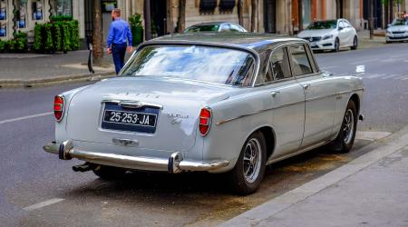 Voiture de collection « Rover P5B 3½ Litre »