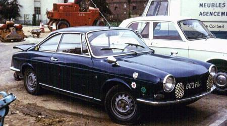 Voiture de collection « Simca 1000 coupé Bertone »