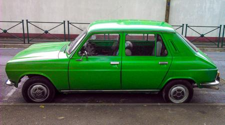 Voiture de collection « Simca 1100 »