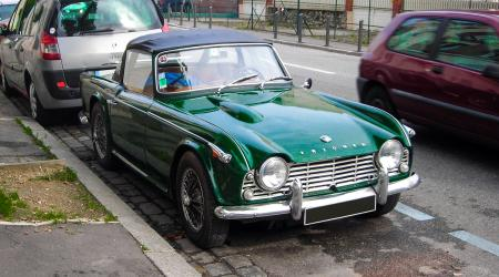 Voiture de collection « Triumph TR4 »