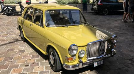 Voiture de collection « Vanden Plas 1100 »