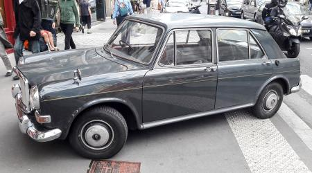 Voiture de collection « Vanden Plas Princess 1100 »