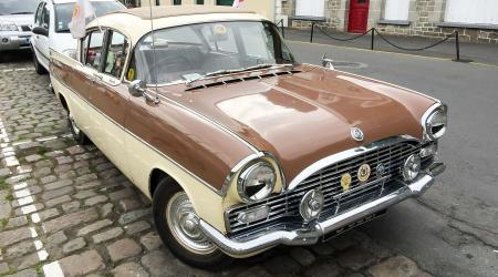 Voiture de collection « Vauxhall Cresta »