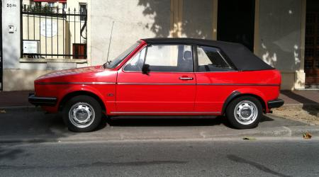 Volkswagen Golf Série 1 cabriolet rouge