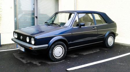 Voiture de collection « Volkswagen Golf Cabriolet »