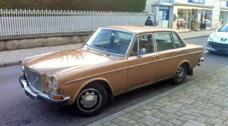 Voiture de collection « Volvo 164 »