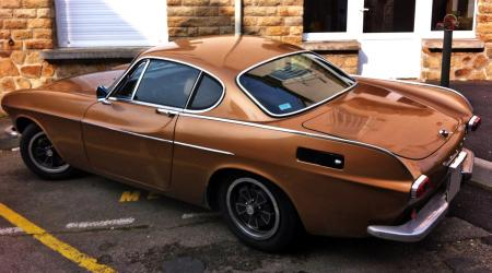 Voiture de collection « Volvo P1800 E »