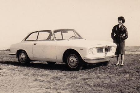 Voiture de collection « Alfa Roméo Giulia Sprint GT »