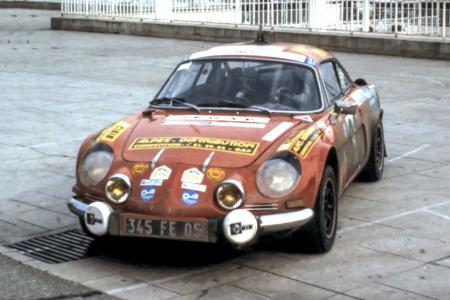 Voiture de collection « Berlinette Alpine A110 »