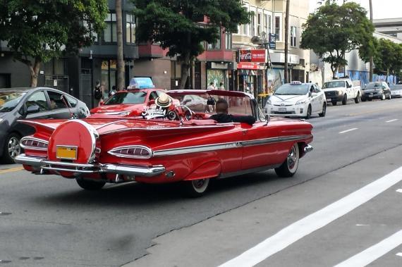 chevrolet impala cabriolet une voiture de collection propos e par yvon a. Black Bedroom Furniture Sets. Home Design Ideas