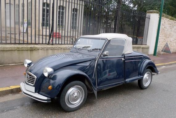 citro u00ebn 2cv hoffmann cabriolet  une voiture de collection