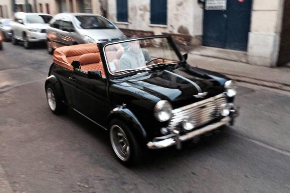 mini cabriolet une voiture de collection propos e par j r me t. Black Bedroom Furniture Sets. Home Design Ideas