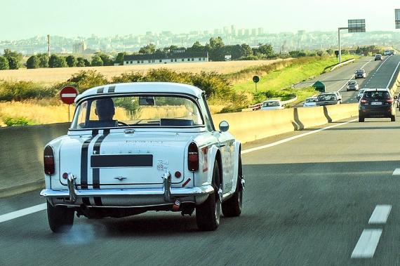 triumph tr4 pn classic tour auto une voiture de collection propos e par chris. Black Bedroom Furniture Sets. Home Design Ideas