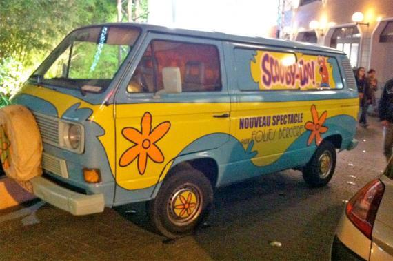 Volkwagen tranporter scooby doo une voiture de collection propos e par philippe ga - Voiture de scooby doo ...