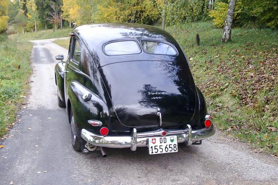 volvo pv444 une voiture de collection propos e par bernard e. Black Bedroom Furniture Sets. Home Design Ideas