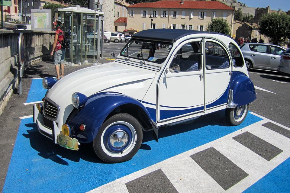 citro n 2cv6 charleston bleu azur une voiture de collection propos e par thierry p. Black Bedroom Furniture Sets. Home Design Ideas