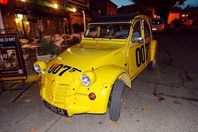 citro u00ebn 2cv 007  une voiture de collection propos u00e9e par